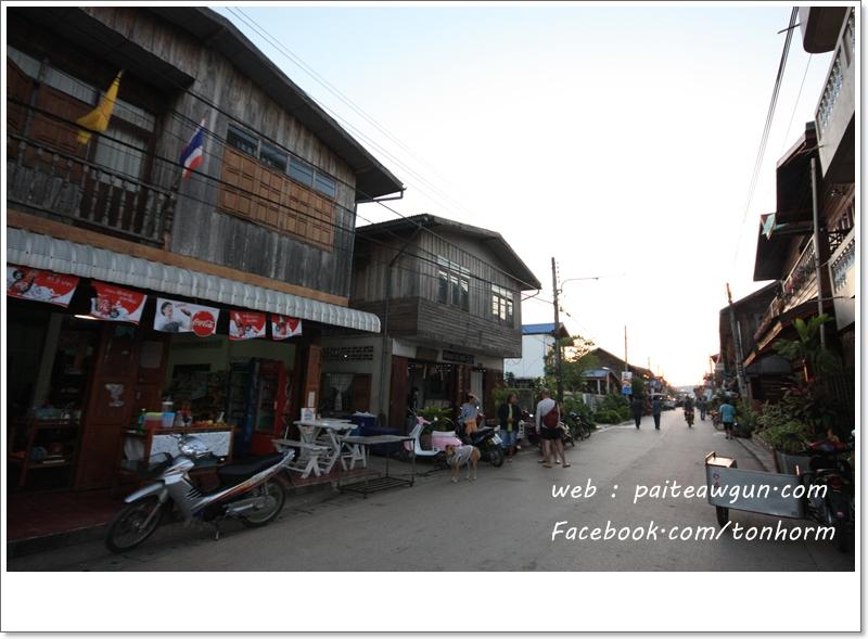 https://paiteawgun.com/blog/wp-content/uploads/2011/12/chiangkhan_024.jpg
