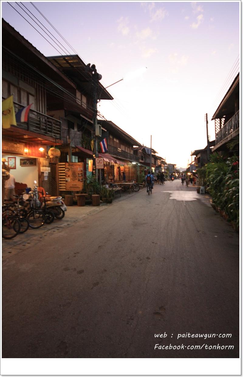 https://paiteawgun.com/blog/wp-content/uploads/2011/12/chiangkhan_030.jpg