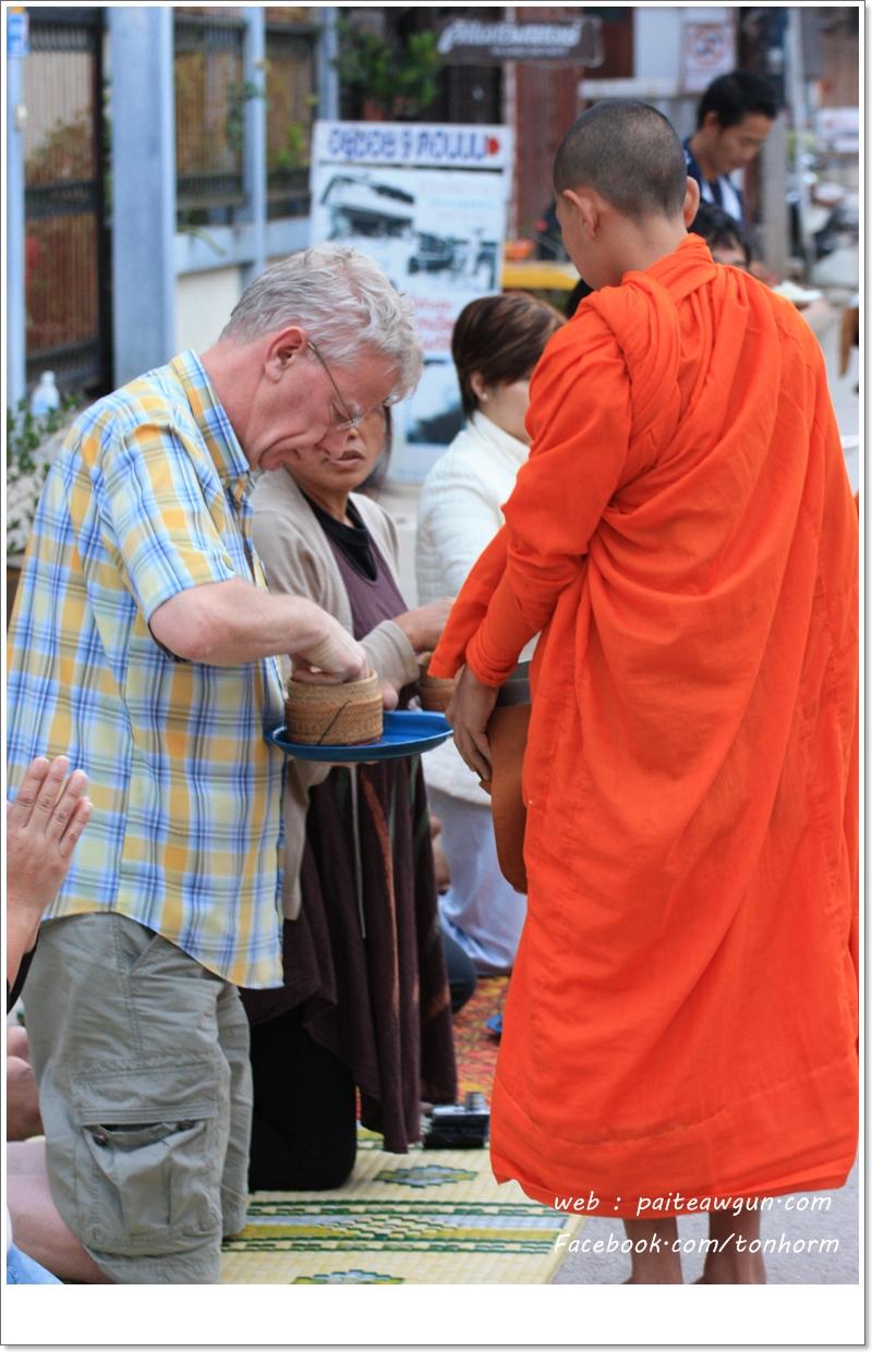 https://paiteawgun.com/blog/wp-content/uploads/2011/12/chiangkhan_061.jpg