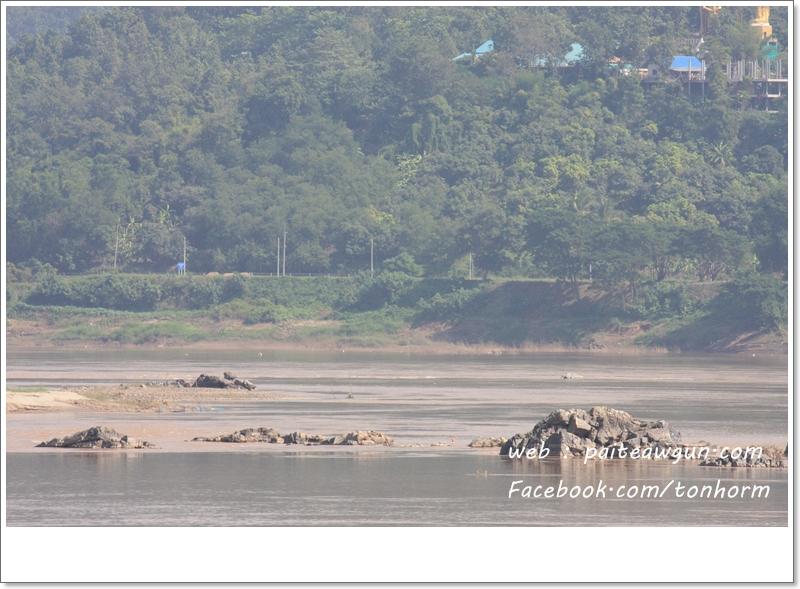 https://paiteawgun.com/blog/wp-content/uploads/2011/12/chiangkhan_071.jpg